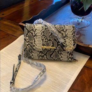 Steve Madden Crossbody Handbag Offers Welcomed 🌹